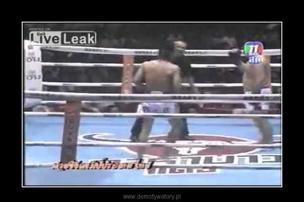 Najśmieszniejsza walka Muay Thai –