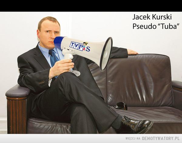 """właściciel największej tuby propagandowej w Polsce – """"Ja Jacek Kurski bardzo przepraszam pana Donalda Tuska oraz Platformę Obywatelską za postawienie nieprawdziwych zarzutów w audycji telewizyjnej Teraz My, nadanej przez TVN w dniu 13 czerwca 2006, jakoby PZU finansowało za pieniądze podatników billboardy pana Donalda Tuska z napisem """"Człowiek z zasadami"""" i że wszystko to było od początku ukartowane oraz jakoby Platforma Obywatelska w swym sprawozdaniu wykazała kwotę 10 razy mniejszą niż kwota jaką wydał PiS na billboardy. Wprowadziłem w błąd opinię publiczną, podając jakoby PZU sprzedało miejsca opłacone przez siebie kilkudziesięcioma milionami złotych pewnej firmie, która sprzedała następnie Platformie Obywatelskiej za 3 procent ceny. Jeszcze raz przepraszam, Jacek Kurski """""""