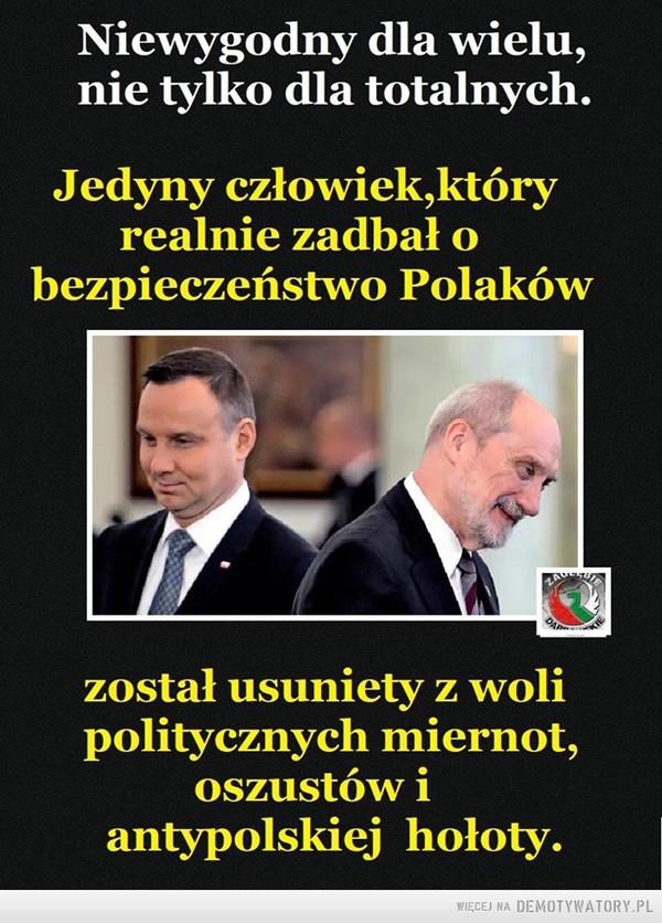 Obudź sie Polsko... – Najpierw cie wyzywają od wariata pózniej z Ciebie szydzą a na koniec niszczą...