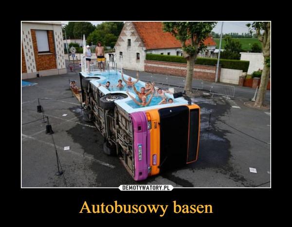 Autobusowy basen –